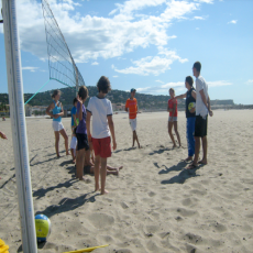Stages de beach-volley - Activité 'Volley/Beach volley' - Les Rendez-Vous Du Coin